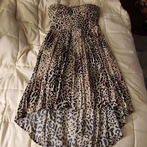 NWOT Feathers Strapless Leopard Print Dress